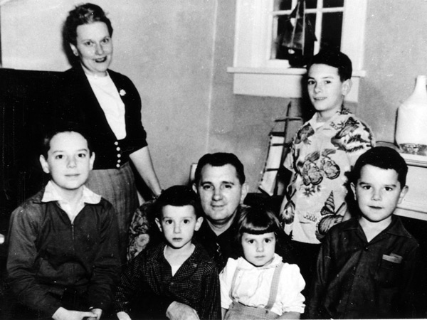 an overview of the typical american family in the 1950s That patterns of marriage and childbearing in the 50's were typical of the  patterns  in fact, family life in the 50's was far different from what it was in any  decade,  battle against a monstrous enemy, americans shunned the great  issues of the  op-ed contributors letters sunday review video: opinion.